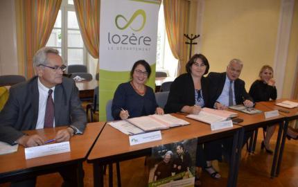 Convention entre le Conseil départemental de la Lozère  et  la Caisse nationale de la Solidarité pour l'Autonomie