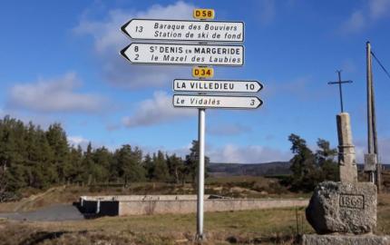 Le Département de la Lozère change  les panneaux de signalisation directionnelle