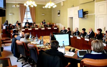 Le secrétaire d'Etat, André Vallini  reçu au Département