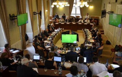 De nombreuses aides votées en session