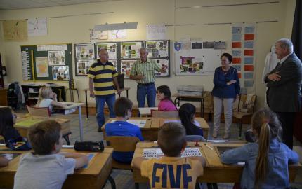 Semaine du Goût 2017 : le Monde des abeilles expliqué aux scolaires